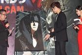 """Kim Bum được """"đốt lửa"""" vẽ chân dung tại buổi giao lưu """"fan"""""""