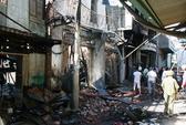 TPHCM: Cháy lớn thiêu rụi 4 căn nhà