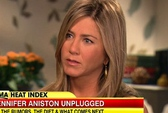"Bị ""xoay"" chuyện có con, Jennifer Aniston bực bội"