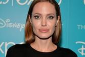 "Angelina Jolie kể chuyện dọa trẻ con ""khóc thét"""