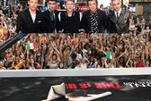 """70.000 cô gái """"bao vây"""" nhóm One Direction"""