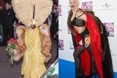 """Choáng với thời trang """"quái"""" của Lady Gaga"""