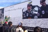 """""""Fan"""" lái siêu xe đến tưởng niệm Paul Walker"""