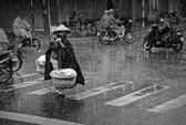 """Ảnh """"Chiều mưa"""" của Việt Nam thắng lớn giải quốc tế"""