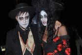 Sao hóa trang kinh dị chơi Halloween