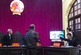 """""""Bị cáo nghe vụ Nguyễn Thanh Chấn ở Bắc Giang rồi đúng không?"""""""