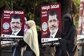 Mursi giữa tán dương và chỉ trích