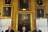 Ủy ban chấm giải Nobel bị kiện!
