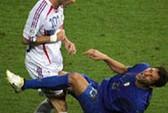 Materazzi lại thu tiền từ cú húc đầu của Zidane