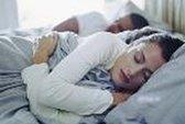 Đoán quan hệ vợ chồng bạn qua tư thế ngủ