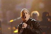 Eminem liên tục dẫn đầu trên Billboard