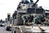 Campuchia nhận nhiều xe tăng và xe bọc thép