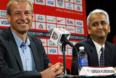 Thách thức cho HLV Sabella và Klinsmann