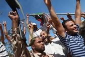 """Libya: Quân nổi dậy """"tiến sát nách"""" ông Gaddafi"""