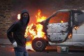 Nước Anh sau bạo loạn: Nỗi lòng cảnh sát