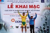 Xem đua xe đạp vòng quanh đại lộ Võ Văn Kiệt