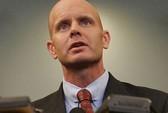 Lộ diện đặc vụ FBI gửi ảnh ngực trần cho bà Jill Kelly