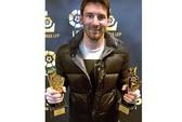 Ronaldo lại ôm hận vì Messi
