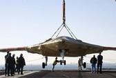 Mỹ thử nghiệm chiến đấu cơ không người lái trên tàu sân bay