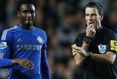 Chelsea bí mật làm lành với trọng tài Clattenburg