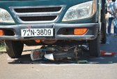 Nữ sinh thiệt mạng dưới gầm xe tải