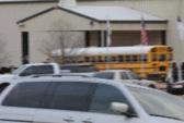 Giải cứu em bé khỏi tay súng bắn chết tài xế xe buýt