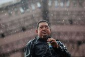 """Tổng thống Chavez đang """"giành giật sự sống"""""""