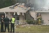 Mỹ: Máy bay đâm nhà dân, 3 người thiệt mạng