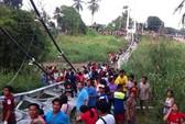 Sập cầu ở Thái Lan, 50 người thương vong