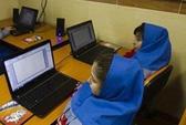 Mỹ bỏ cấm vận công nghệ cao với Iran