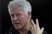 Ông Bill Clinton gặp vạ vì bài phát biểu nửa triệu USD