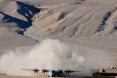 """Ấn Độ điều máy bay """"khủng"""" tới gần biên giới TQ"""