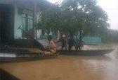 Quảng Nam: Nước lũ tràn vào nhà dân, 1 người mất tích