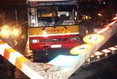 Lên đường cấm húc đổ cổng biển báo, tài xế xe buýt bị khởi tố