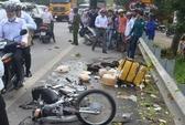 Xe khách tông chết 1 phụ nữ, tắc nghẽn Quốc lộ 1