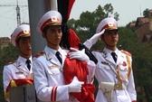 Toàn cảnh nghi lễ treo cờ rủ Quốc tang Đại tướng