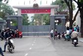 Bị giữ hàng vô cớ, dân kéo tới trụ sở CA tỉnh Thanh Hóa