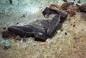 Đôi giày ám ảnh trong xác tàu Titanic