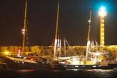 Israel ngăn chặn tàu vào Gaza