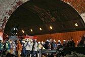 Ít nhất 9 người chết kẹt trong đường hầm Nhật