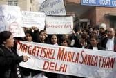 Ấn Độ: Nghi phạm vụ cưỡng hiếp tập thể ra tòa