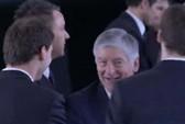 John Terry không thèm bắt tay chủ tịch FA