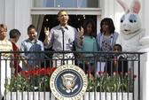 Tổng thống Obama tự cắt lương