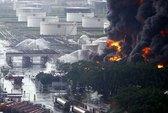 Sét đánh cháy nhà máy dầu lớn bậc nhất Venezuela