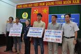 Báo Người Lao Động hỗ trợ 200 triệu đồng cho 3 ngư dân