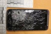 Thoát chết nhờ smartphone lãnh trọn viên đạn