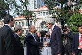 Ngoại trưởng Mỹ trên đường phố TP HCM