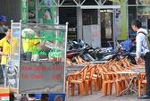 Thức ăn đường phố: Vẫn khó quản!