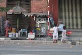 Hai cháu nhỏ bị bắt quỳ trên đường gần 1 giờ!
