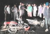 Xe máy đối đầu trong đêm, 1 người chết tại chỗ
